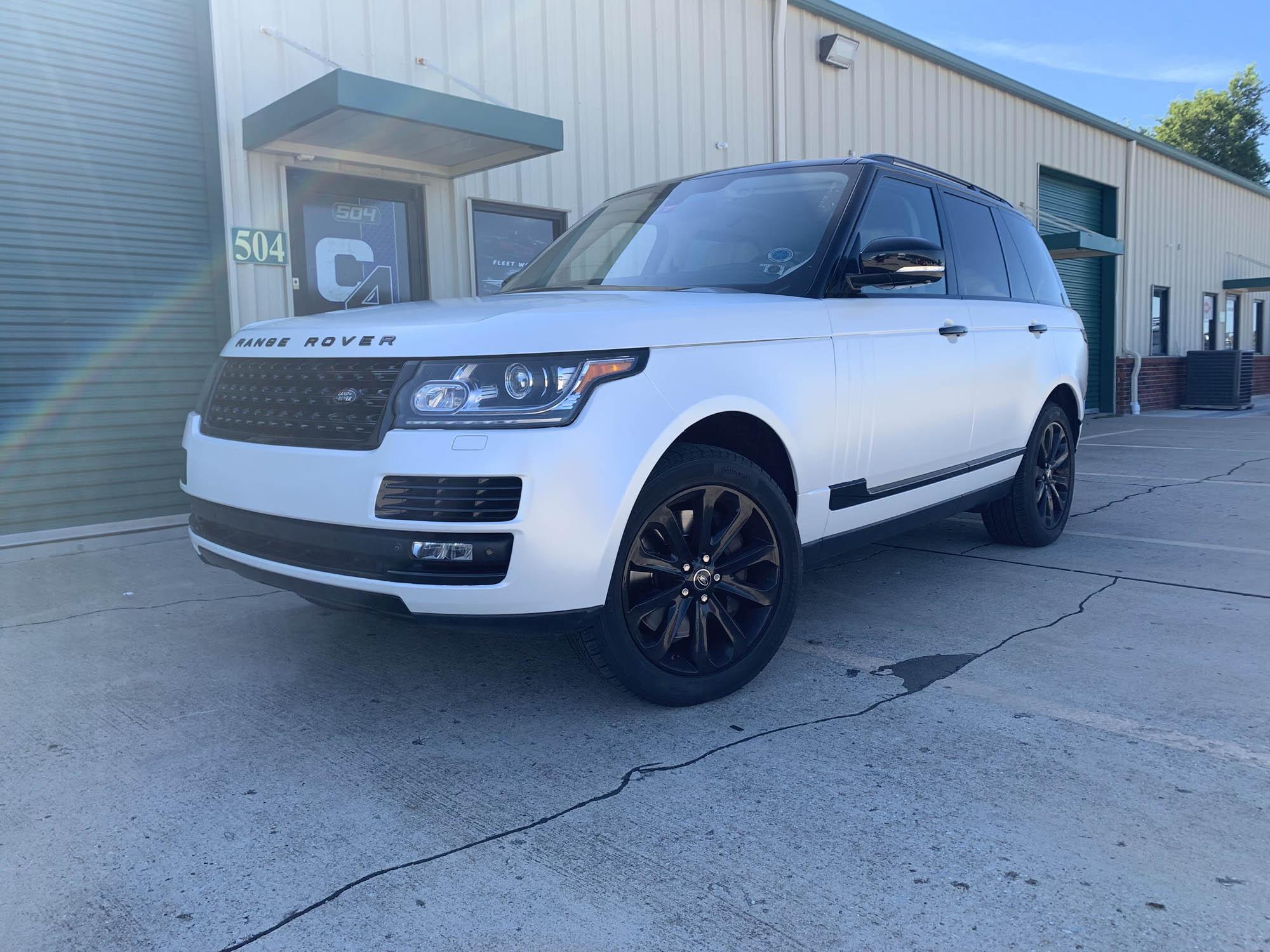 Range Rover Avery Satin Frozen Vanilla